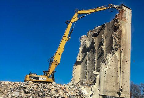 Poznań – wyburzenie budynku biurowego