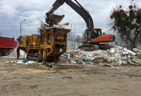 Pruszków – rozbiórka hali