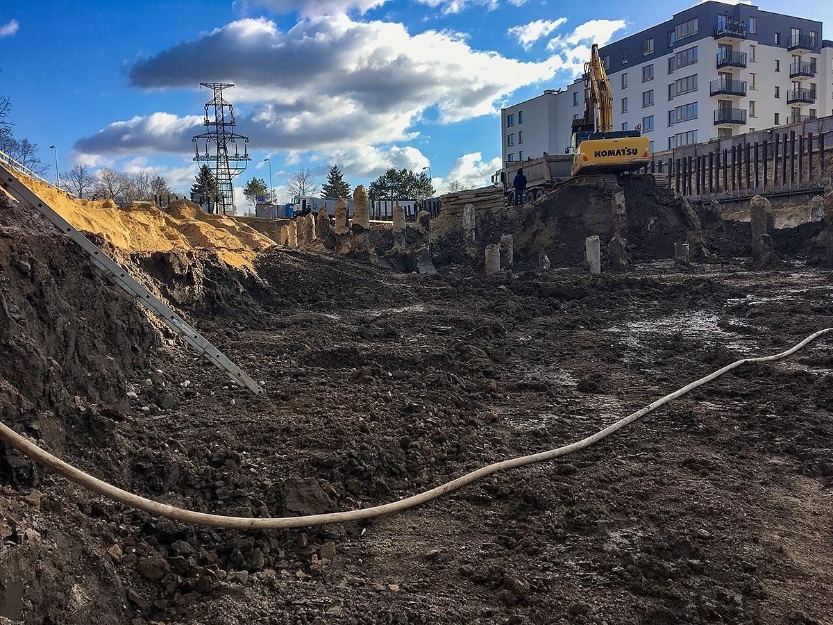 Prace ziemne – wykop pod fundamenty Warszawa Żerań